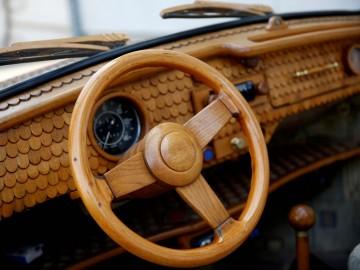 VW Garbus z… dębu