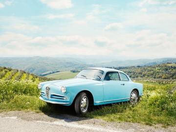 Włoskie piękności na Salonie Zabytkowych Samochodów i Motocykli 2018
