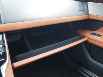 Jaguar XF Sportbrake 25 T – Kotek z plecakiem