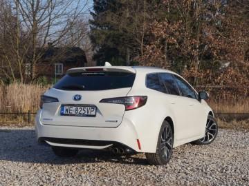 Toyota Corolla TS Kombi Executive 2,0 Hybrid Dynamic Force 184 KM e-CVT – W nowym kierunku