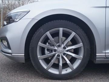 Volkswagen Passat Variant Elegance 2,0 TSI 190 KM DSG7 – Rodzinne rozwiązanie...