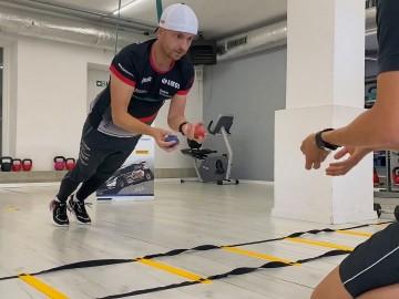 Nie tylko za kółkiem – trening kierowcy rajdowego