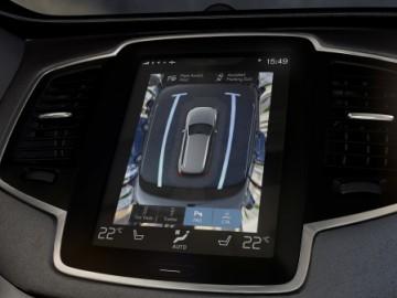 Volvo XC90 – Bezpieczeństwo przede wszystkim
