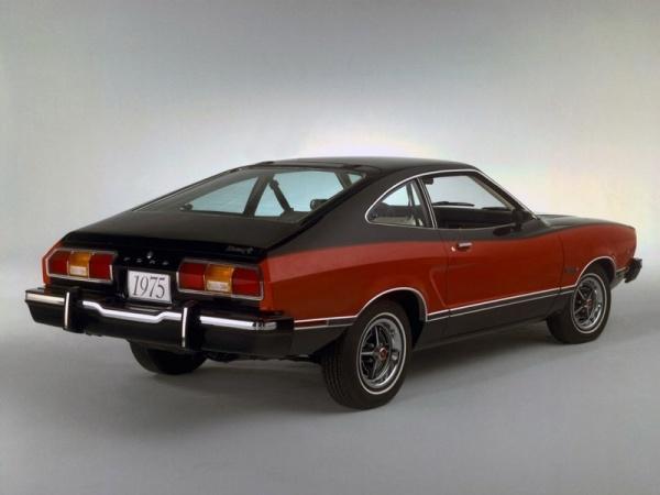 Ford Mustang - Rasowy ogier