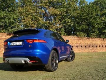 Jaguar F-Pace 3,0 TDV6 AT8 300 KM – Kocie sprawki