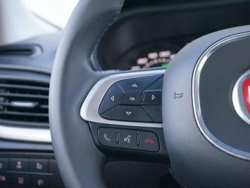 """Fiat Tipo II sedan Lounge 1.6 MultiJet – Budżetowo, na """"wypasie"""""""