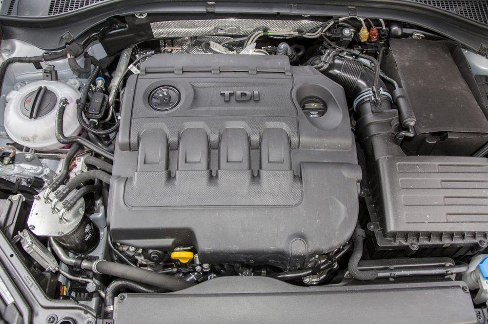 Skoda Superb 2,0 TDI 190 KM 6AT DSG 4×4 – Dynamiczny abstynent…
