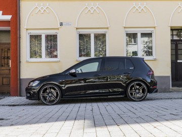 VW Golf R rywalem Audi RS3?