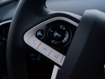 Toyota Prius 1.8 Hybrid Synergy Drive 122KM CVT - Ekologiczny i oryginalny