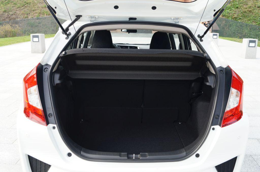 Honda Jazz 1,3 i-VTEC MT Comfort – Mikro Ninja