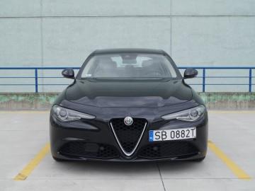 Alfa Romeo Giulia II 2,2 JTD 180 KM 8AT – Moja Sophia Loren