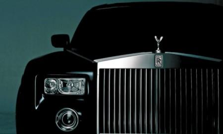 Rolls-Royce oficjalnie ogłasza crossovera