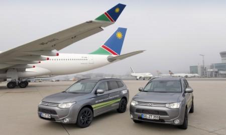Mitsubishi Outlander na lotnisku we Frankfrucie i Helsinkach
