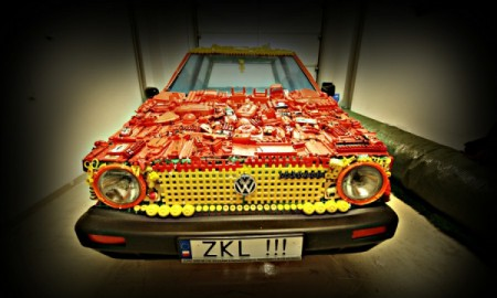 VW Golf z zabawek