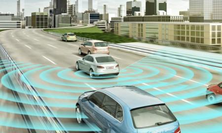Bosch pomaga bezpiecznie zmieniać pasy ruchu