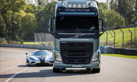 Volvo FH vs Koenigsegg One:1