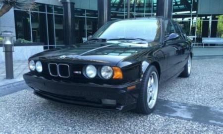 BMW M5 1993 droższe od nowego