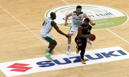Suzuki wspiera polską koszykówkę