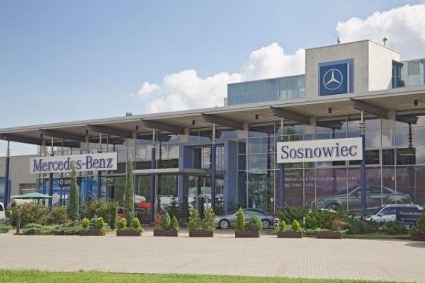 Nowa stacja pojazdów ciężarowych Mercedesa