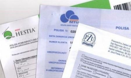 Coraz więcej Polaków kupuje polisy turystyczne