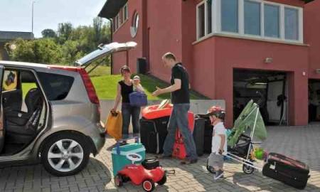 Wakacyjny wyjazd za granicę – Autocasco i Assistance