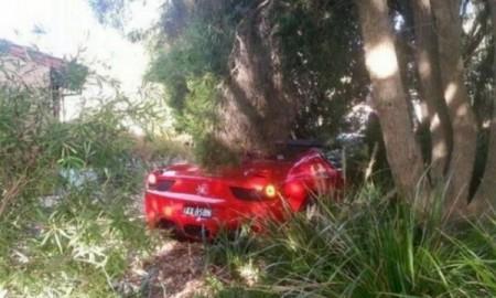 Rozbite Ferrari 458 Spider w...
