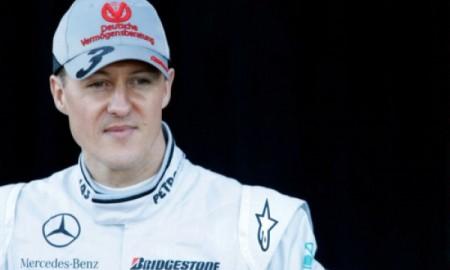 Schumacher oddycha samodzielnie?