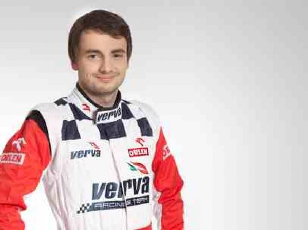 Kuba Giermaziak wśród kierowców Formula E