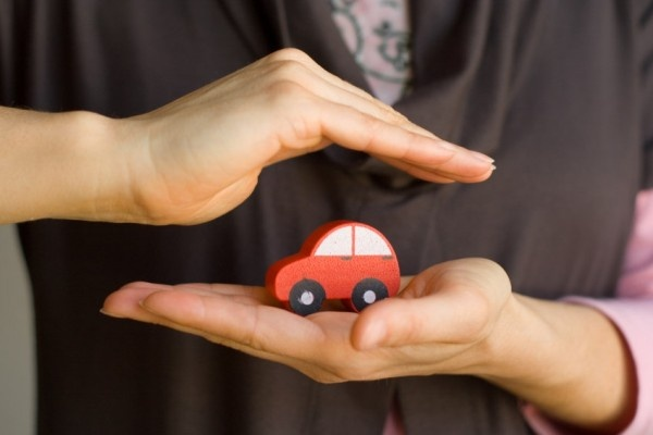 Ubezpieczenie samochodu - o co pytać doradcę?
