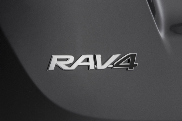 Toyota RAV4 znana od 20 lat