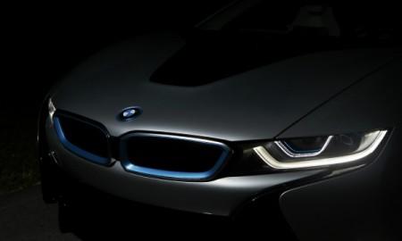 BMW z laserowymi światłami