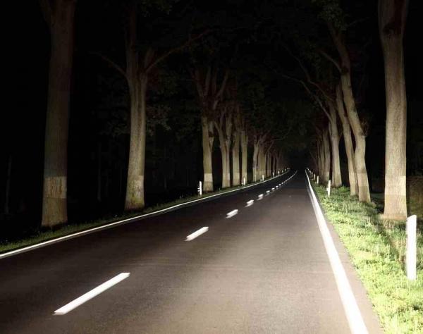 Bezpieczna jazda nocą