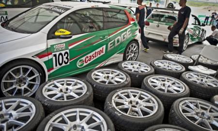 Od 0,166 do 30 000, czyli Volkswagen Castrol Cup 2013