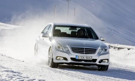 Zimowe pułapki, w które wpadają kierowcy