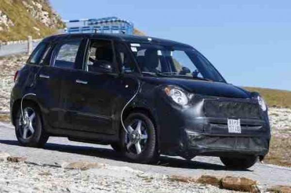 Czy 5-drzwiowy Fiat 500 zastąpi Punto?