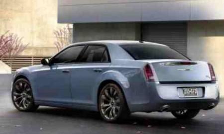 Lifting flagowej limuzyny Chryslera-Fiata