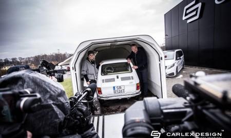 Fiat 126p dla Toma Hanksa w drodze do USA