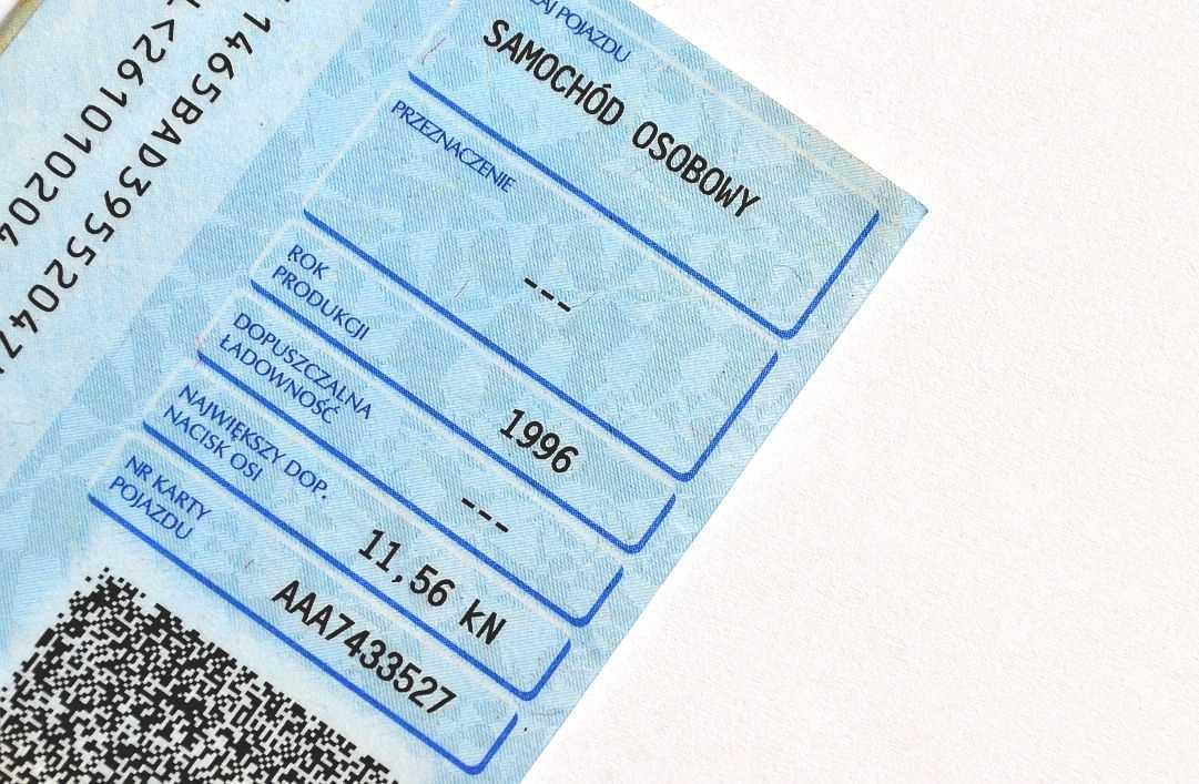 Dowód rejestracyjny auta jeszcze w tym roku będzie cyfrowy