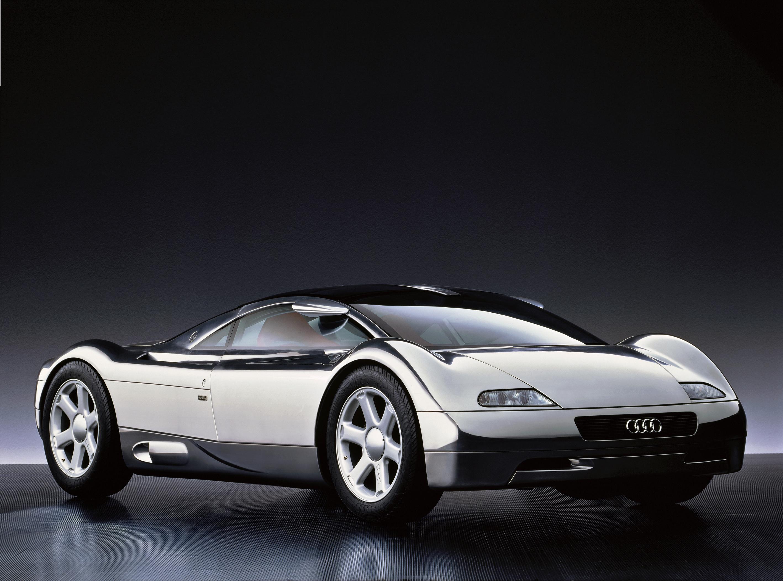 """Wystawa w Audi museum mobile: """"Błyszczące eksponaty - blaski techniki"""""""