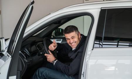 Krzysztof Hołowczyc bez prawa jazdy