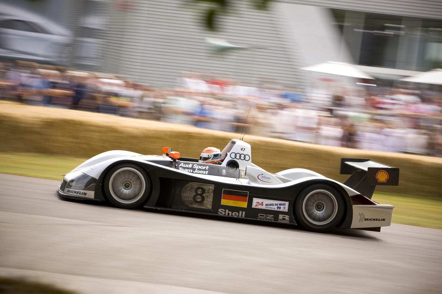 Mistrzowie z Le Mans w Audi museum mobile