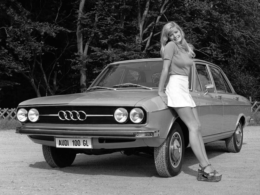 """Wystawa """"Od 0 do 100"""" w Audi museum mobile"""