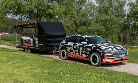 Prototyp Audi e-tron w drodze nad Wörthersee