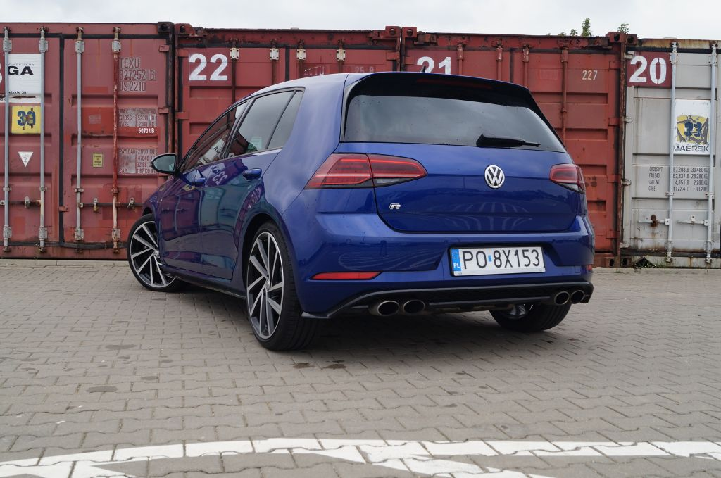 Volkswagen Golf R 2,0 TSI 310 KM DSG7 4Motion – Więcej Golfa w Golfie