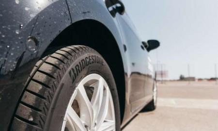 Mercedes Klasa A z oponami Bridgestone Turanza T005
