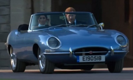 Książe Harry i Meghan Markle w elektrycznym Jaguarze E-Type