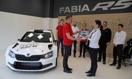 200 egzemplarzy rajdowej Skody Fabii R5 trafiło do prywatnych zespołów