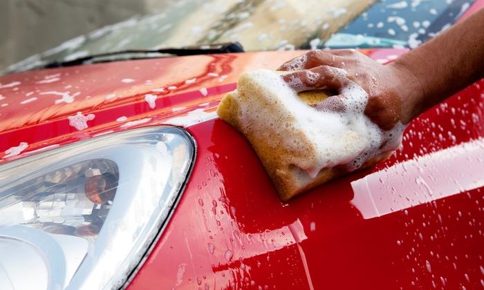 Polacy na bakier z myciem samochodów