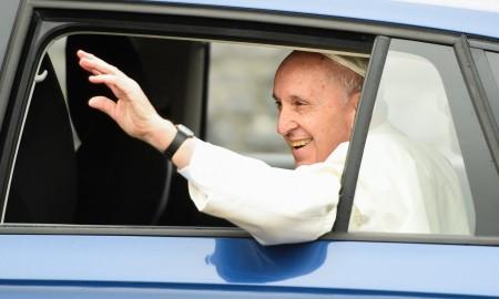 Papież Franciszek w Skodzie Rapid