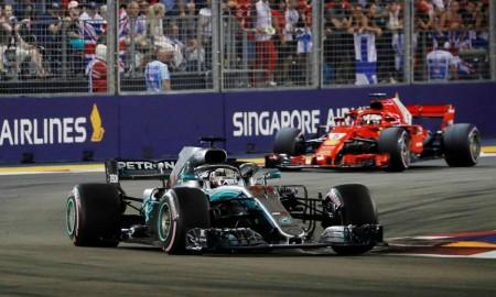 Lewis Hamilton zwiększył przewagę